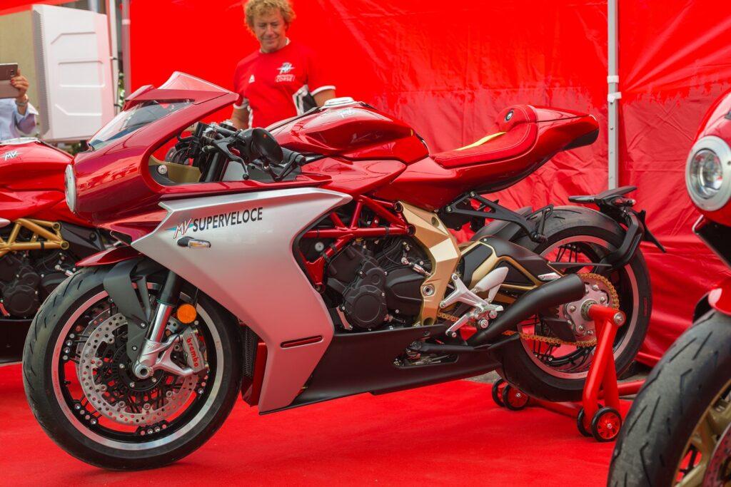 Budapesten az MV Agusta Superveloce 800 Serie Oro