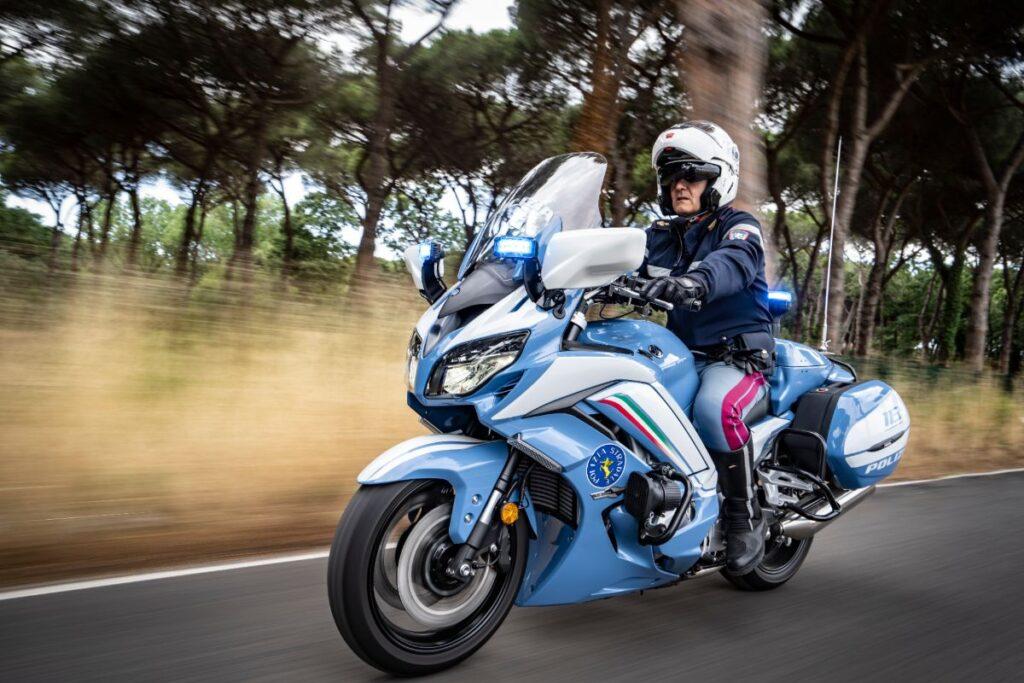 Új motorok az olasz zsaruknál