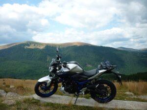Olvasói motor: Yamaha MT03